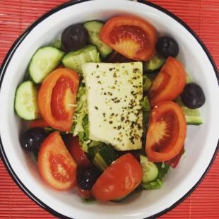 Греческий салат (KoupesBar)