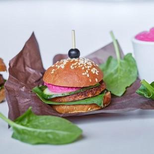 Мини-бургер с vegan-котлетой