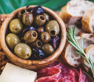 Вкуснейшие оливки на Экомаркете